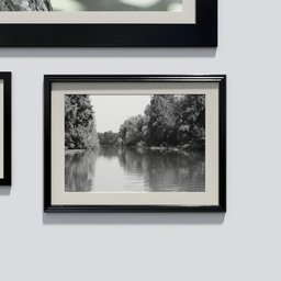 Thumbnail: Photo frame 'anyframe' with a river